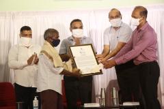 Shri. Janu Ghurkho Gaonkar, receiving Goa Biodiversity Awards -2020 (Individual Category) South Goa