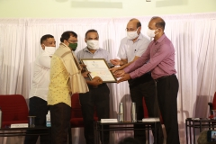 Shri. Suryakant Shankar Gaonkar, receiving Goa Biodiversity Awards -2020 (Individual Category) North Goa